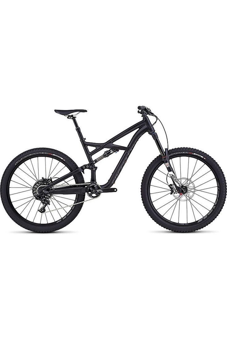 Nimble, playful, capable—however you want to describe the perfect all mountain bike, the 2016 Specialized Enduro Comp 650B Mountain Bike embodies it.