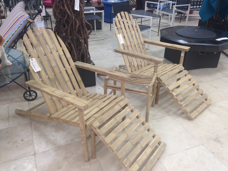 bamboo lounge chairs