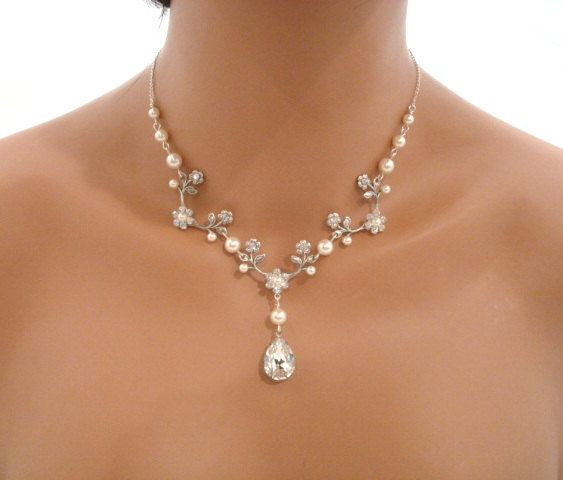 Bridal jewelry, Floral bridal necklace, vintage style necklace, pearl necklace, Swarovski crystal and pearl jewelry