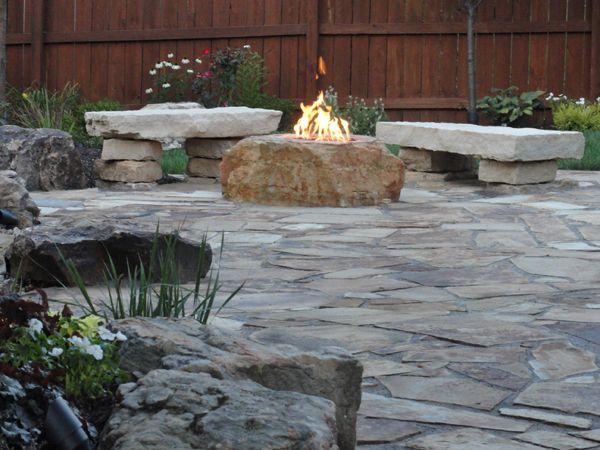 Firepit: Fire Pits, Outdoor Fire, Fire Bouldering, Gardens Landscape, Stones Fire Pit, Natural Stones, Fire Features, Rocks Firepit, Stones Patio