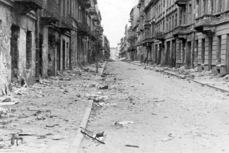 After the Uprising: Life Among the Ruins of the Warsaw Ghetto
