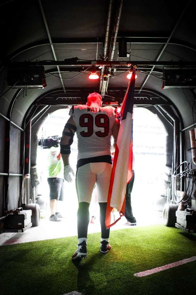 Houston Texans defensive end J.J. Watt (99) enters the stadium before the first quarter of an NFL football game at NRG Stadium, Sunday, Sept. 10, 2017, in Houston. Photo: Karen Warren, Houston Chronicle / @ 2017 Houston Chronicle