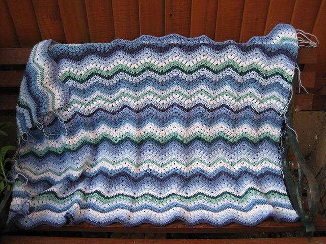 97 best Crochet Ripple Blanket images on Pinterest   Wellendecke ...