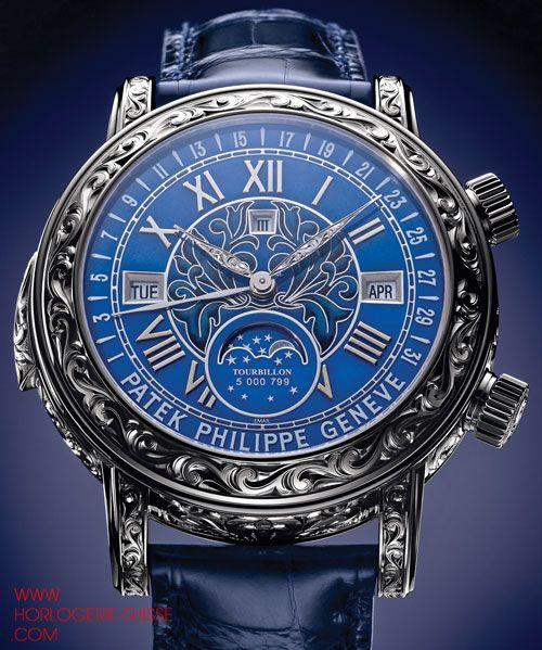Patek Philippe Sky Moon réf 6002 (2013)... Found an estimated price of $1.2 million. So beautiful!