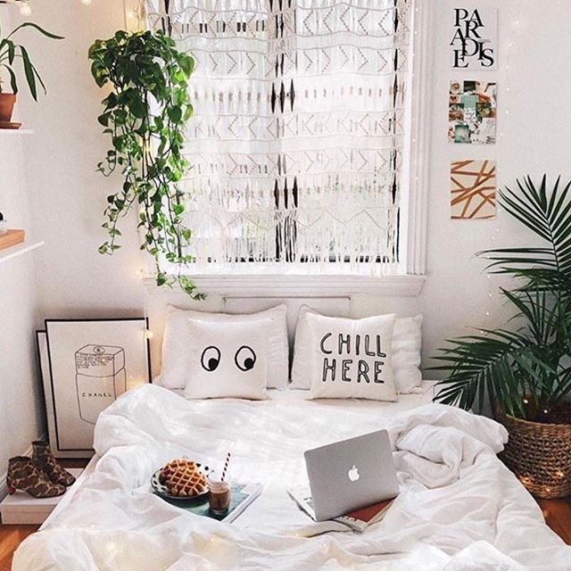 29 Abnormal Bed Designs And Bedroom Decorating Ideas Snapshot Magazine Urban Outfitters Bedroom Bedroom Decor Cozy Urban Bedroom