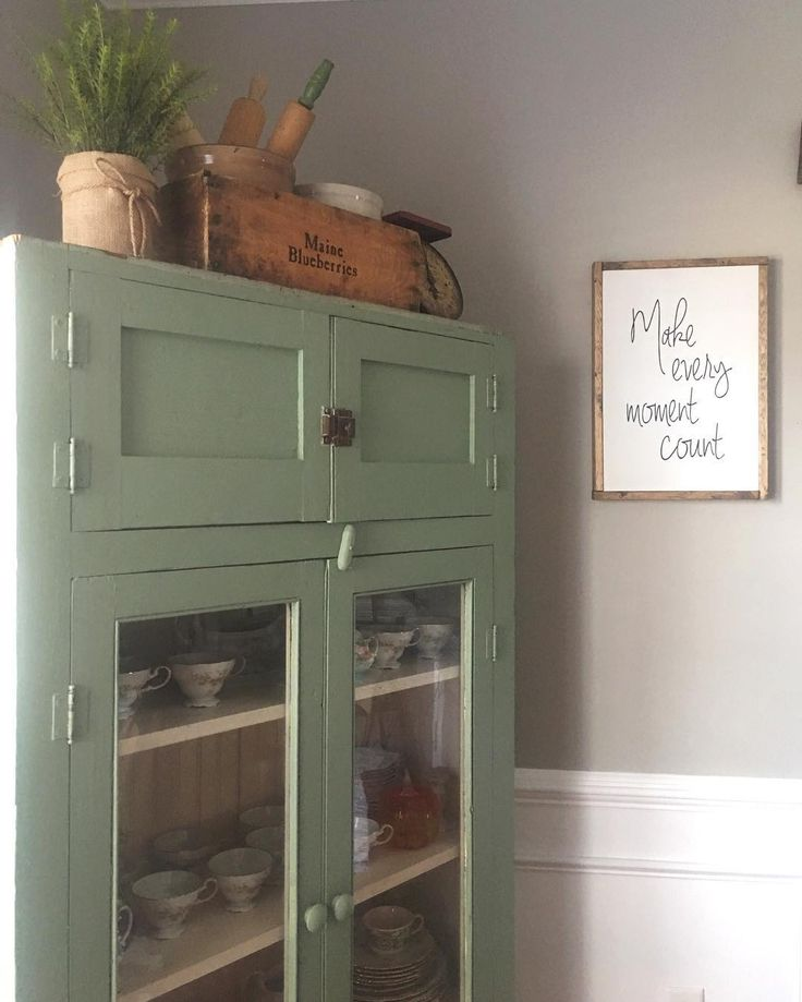 Green Kitchen Units Sage Green Paint Colors For Kitchen: 1000+ Ideas About Sage Kitchen On Pinterest
