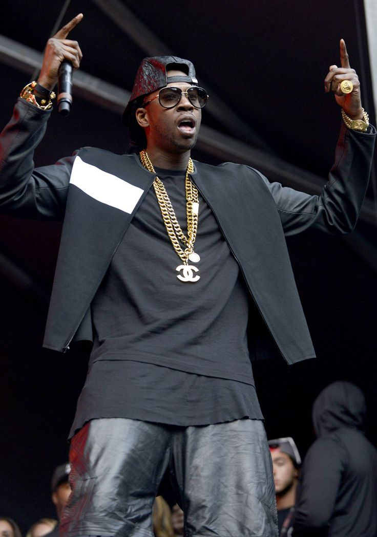 2 Chainz looks as fresh as ever. #StyleToRock