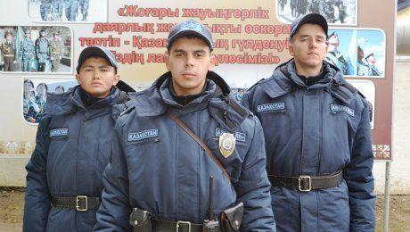 В Уральске военнослужащие Нацгвардии задержали насильника