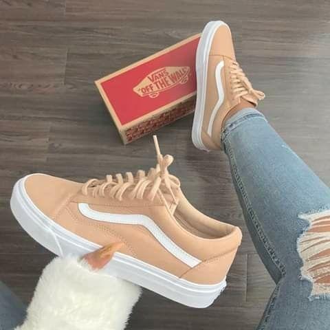 Pin by Misty Chaunti' on JumpersKicks | Beautiful sneakers