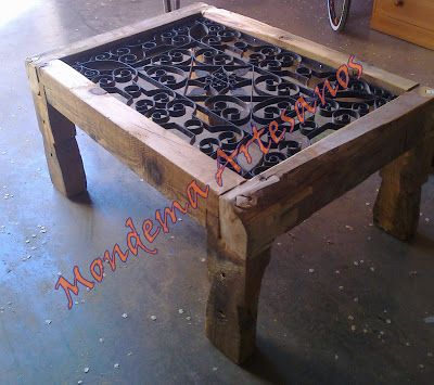 mesa con reja de ventana