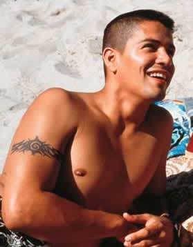 Jay Hernandez. the boy is so fine.