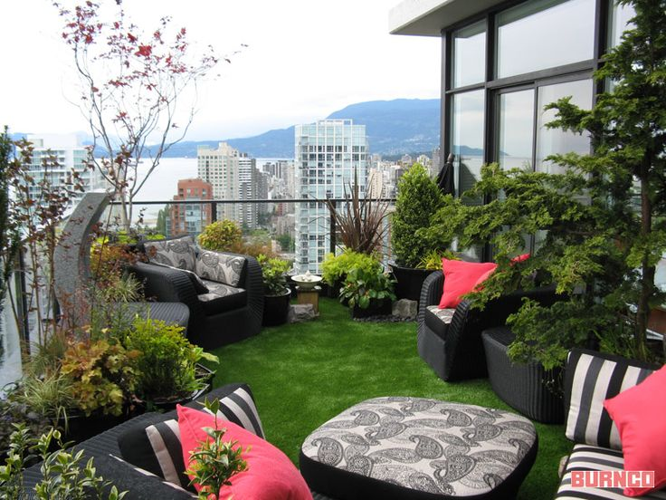Great idea for small and large backyards! #BURNCO #artificialturf #grass #landscaping #backyard  https://www.burncolandscape.com/
