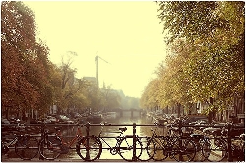 <3 Amsterdam!: Design Inspiration, Favorite Places, Amsterdam Holland, Amsterdamc Wait, Pictures Worth, Riding Bike, Pretty Places, Amsterdamgreat Blog, Amsterdam Canal