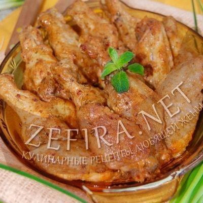 Куриные крылышки с чесноком, паприкой и мятой,  запеченные в духовке — Кулинарные рецепты любящей жены