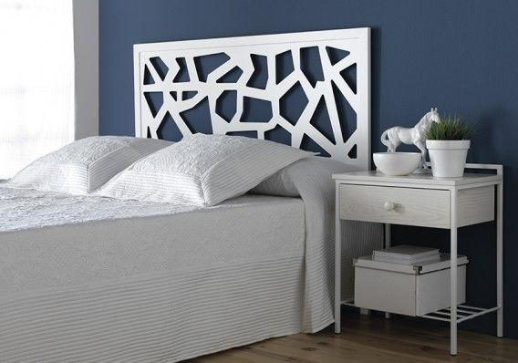 Los Cabeceros Asimétricos Dan Un Toque Original Al Dormitorio No Crees Bedroom Bed Design Furniture Bed Design