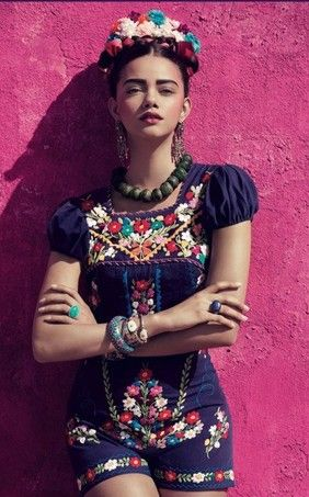 Modelo brasileira encarna Frida Kahlo em campanha (Foto: Divulgação) - http://epoca.globo.com/colunas-e-blogs/bruno-astuto/noticia/2014/10/modelo-brasileira-encarna-bfrida-kahlob-em-campanha.html