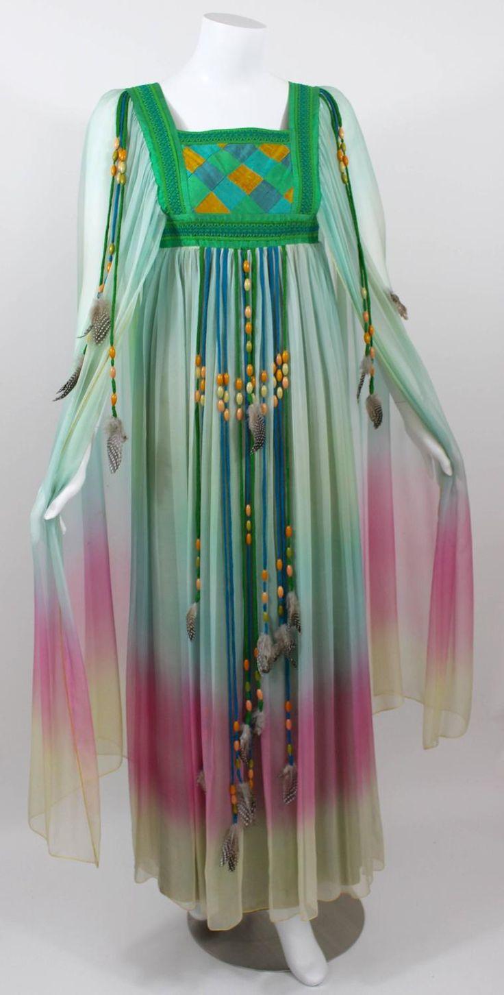 :: ° M a g i c k a l Style ° :: 1975 Gina Fratini same design as Elizabeth Taylor Wedding Dress Documented 2