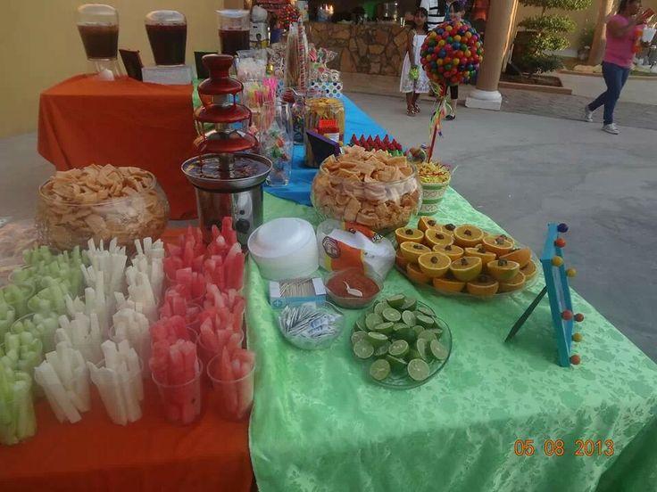 96 best images about fiesta mexicana on pinterest mesas for Decoracion de frutas para fiestas infantiles