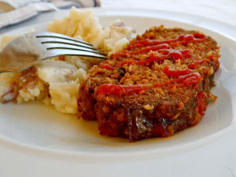 Classic Quaker Oats Meatloaf | Frugal Hausfrau
