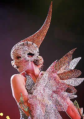 Eos by Claire Prebble, silver wire, copper wire, silk, beads 2004 WOW winner, amazing & beautiful