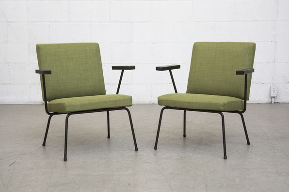 PAIR OF WIM RIETVELD NO.9 LOUNGE CHAIRS for Gispen in Green