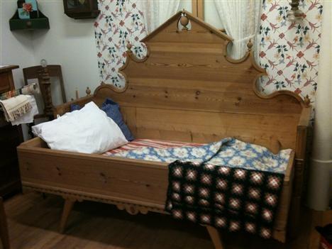 Gustaviansk säng