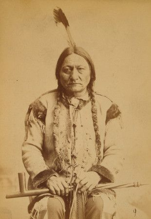 Sitting Bull with peace pipe, 1884.: Sitting Bull, American Indian, Peace Pipes, Lakota Sioux, Schools Photography, Bull 18311890, Sit Bull, American Schools, Native American