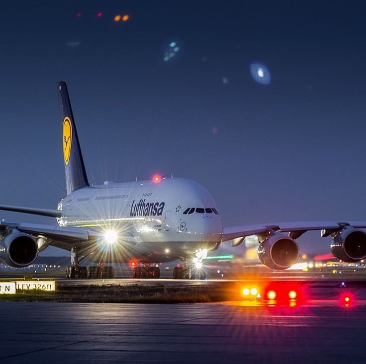 Lufthansa Airbus A-380 for Night Flight...!