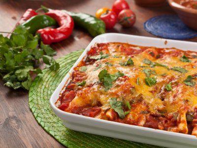 Receta de Enchiladas Gratinadas | Las enchiladas son un platillo tradicional Mexicano. La receta de enchiladas gratinadas te encantará.