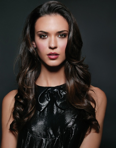 Odette Annable. Part one of one of the most beautiful couples.