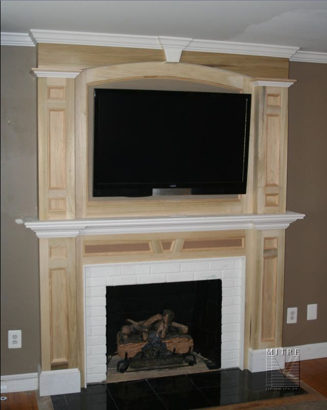 Love The Molding Around The Tv Fireplaces Pinterest