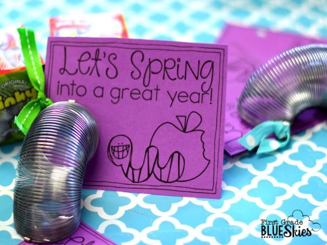 Back to School Tag for Student Gift on Meet the Teacher using a Slinky