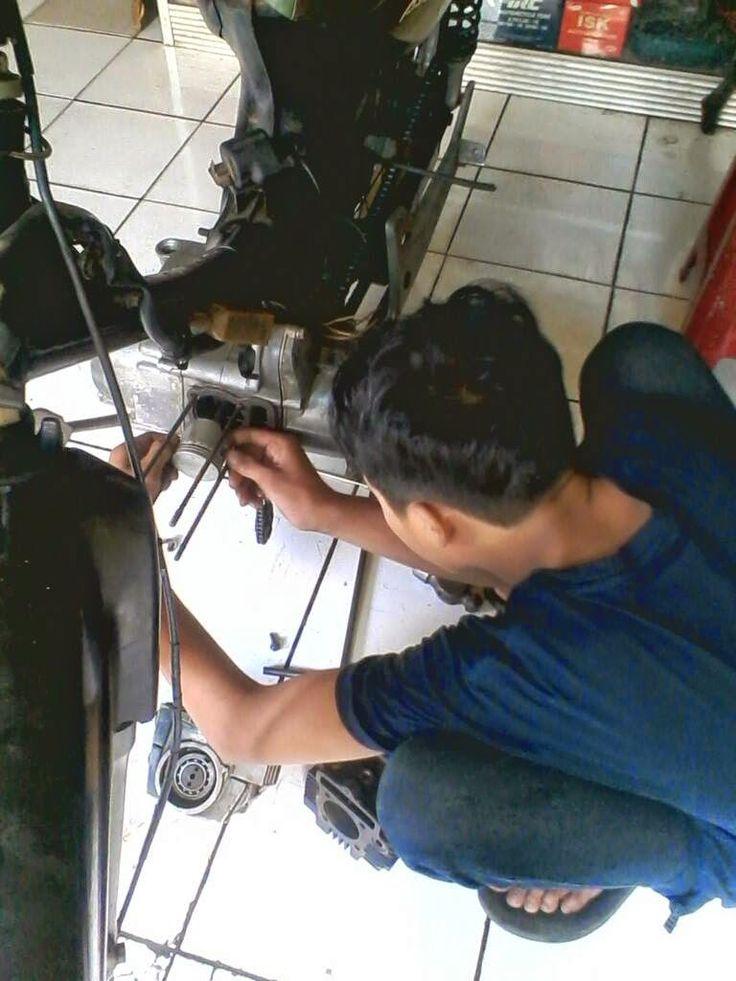 Kursus Mekanik Otomotif Mobil & Motor Lkp Ganessama Bnadung: Kursus Mekanik Otomotif Mobil & Motor Lkp Ganessam...