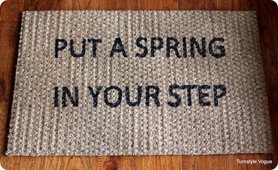 Great idea! We love this easy way to personalize a doormat from @Turnstyle Vogue! ACCENT: Create your own spring doormat.  Done with a permanent Sharpie!  Easy.  #springintothedream