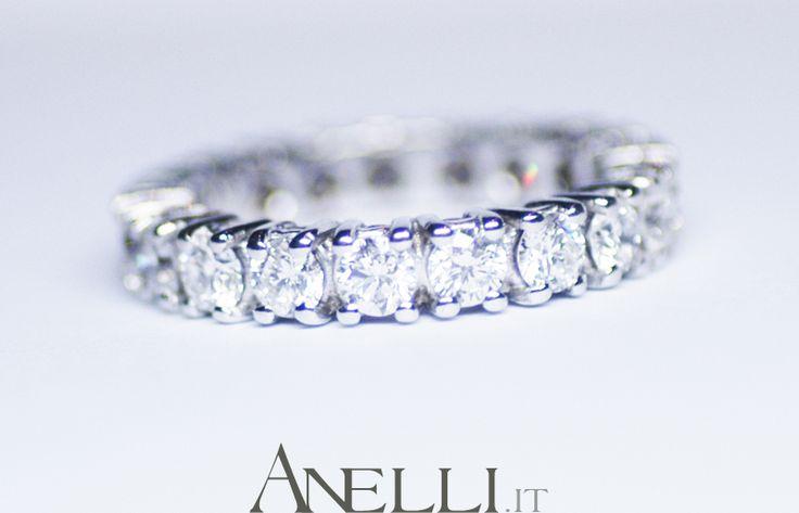 http://www.anelli.it/it/anelli-verette-o-fedine/fedina-a-giro-di-diamanti-3-carati-f-vvs1.html