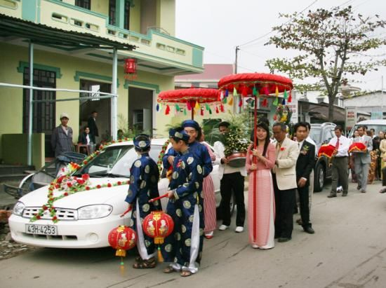 16 best vietnamese decorations images on pinterest wedding decor traditional vietnamese weddings procession junglespirit Gallery