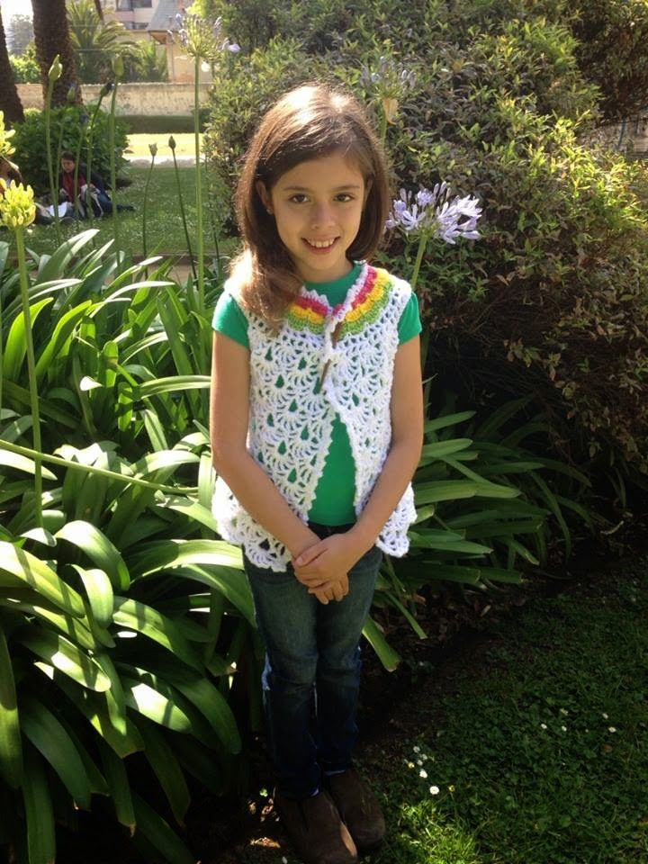 Lanas Oveja Negra: Chaleca sin mangas para niña a crochet