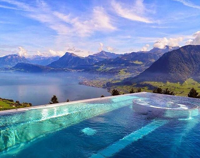 die besten 25 villa honegg spa ideen auf pinterest hotel villa honegg schweiz infinity pool. Black Bedroom Furniture Sets. Home Design Ideas