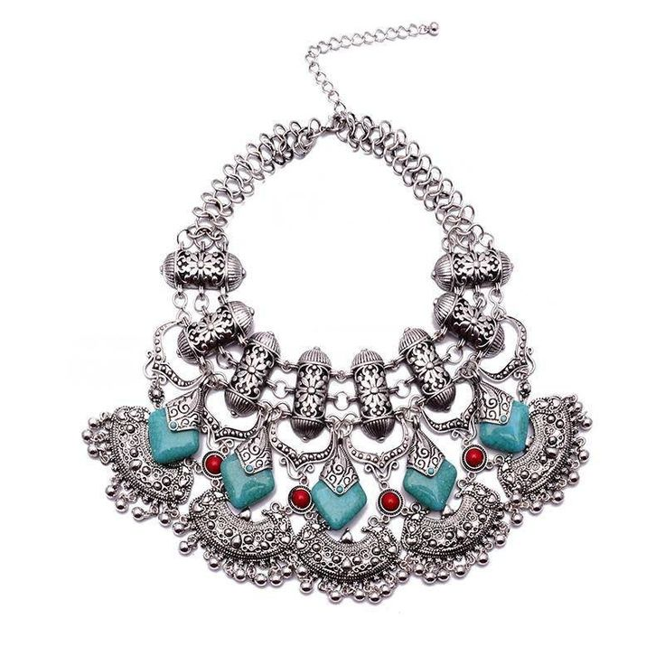 Fashion Statement Necklace - Yamila Vintage Ethnic Necklace With Carved Flowers & Green Beads