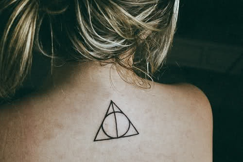 the deathly hallows: Triangles Tattoo, Death Hallows, Back Tattoo, Tattoo'S, A Tattoo, Deathly Hallows, Hp Tattoo, Harry Potter Tattoo, Ink