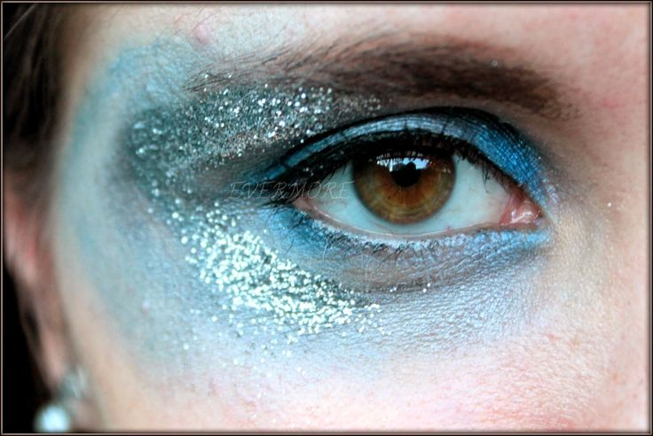 Frozen inspired makeup / Frozen Makeup- Step by step. Evermore  Maquillaje de Frozen paso a paso, puedes ver el resto en mi blog :)