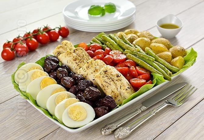 Salata Nicoise cu file de cod – reteta video
