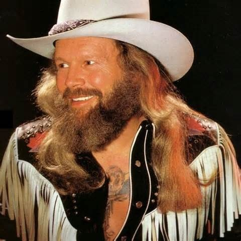 David Allen Coe. Country music legend and original outlaw. #outlawcountry #altcountry http://www.pinterest.com/TheHitman14/musician-twang-n-bang-%2B/