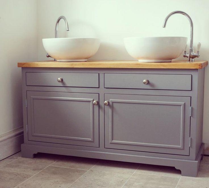 Double sink unit.