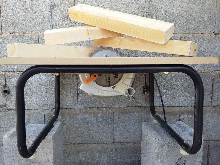 Mesa de corte con sierra circular