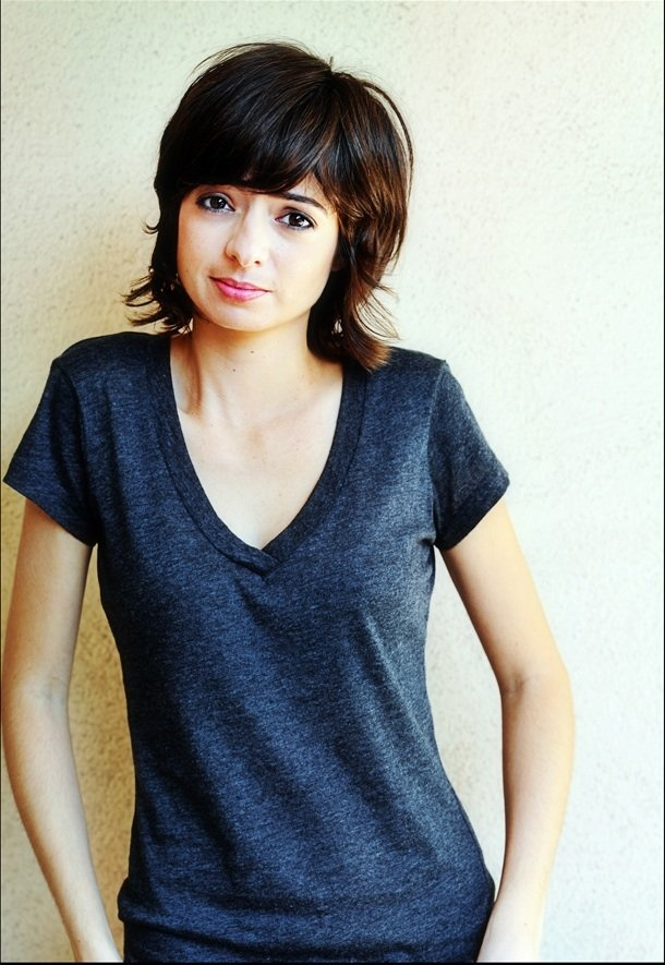 Kate Micucci from Big Bang Theory ! wish they'd kept her as a recurring character !