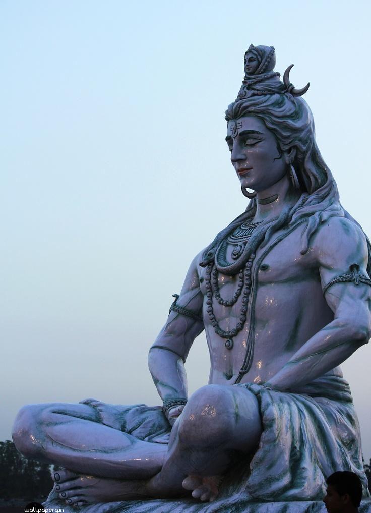 Shiva statue at rishikesh