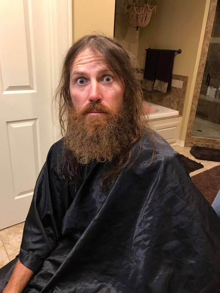'Duck Dynasty' alum Jase Robertson shaves beard for charity  Duck Dynasty alum Jase Robertson has shaved off his signature beard to raise money for the Mia Moo Fund which helps people with cleft lips and palates.  #DuckDynasty @DuckDynasty