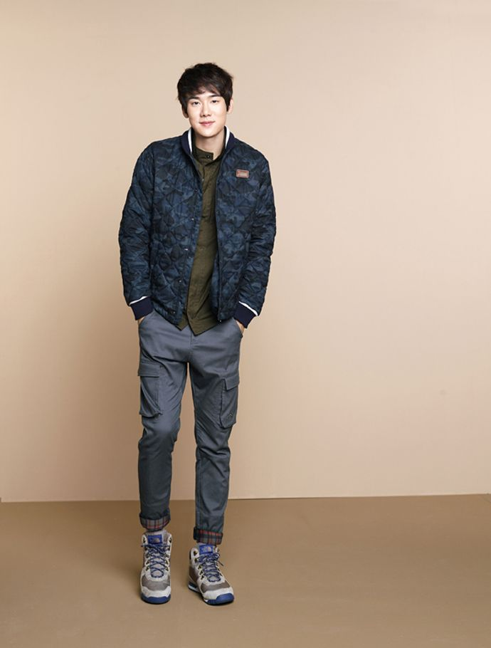 Lee Yeon Hee & Yoo Yeon Seok For The North Face White Label Collection F/W 2014 Catalog | Couch Kimchi