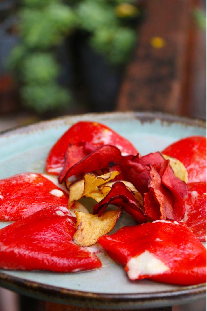 Receta de Pimiento Morrón Relleno con Queso de Cabra | CherryTomate